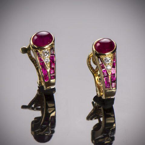 Boucles d'oreilles Mellerio dits Meller rubis (certificat Gem Paris)