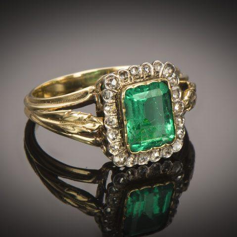 Bague fin XIXe siècle émeraude diamants