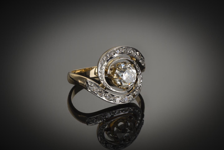 Bague «tourbillon» fin XIXe siècle diamants (centre 1,30 carat)-1