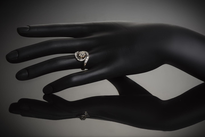 Bague «tourbillon» fin XIXe siècle diamants (centre 1,30 carat)-2