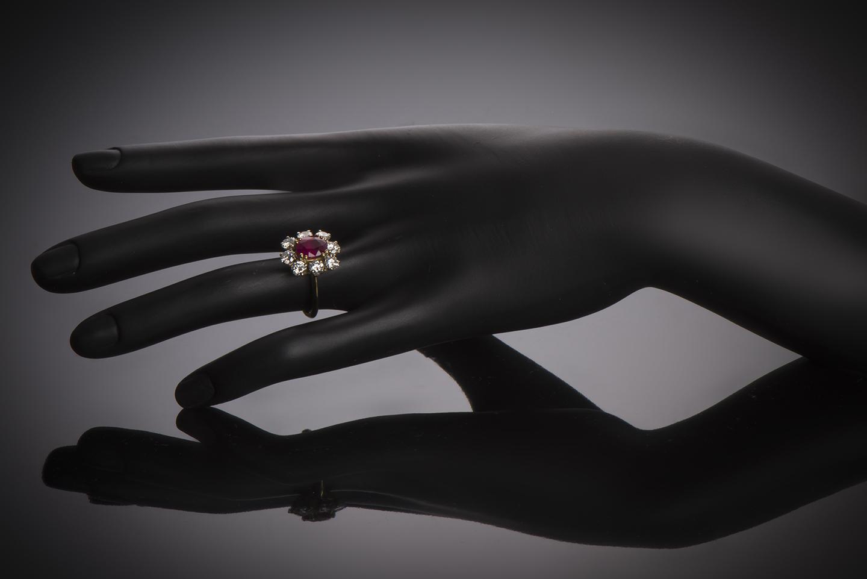 Bague rubis birman rouge intense (certificat CGL) diamants-2