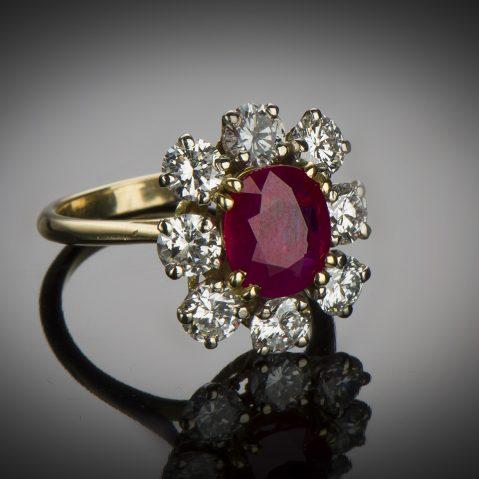 Bague rubis birman rouge intense (certificat CGL) diamants