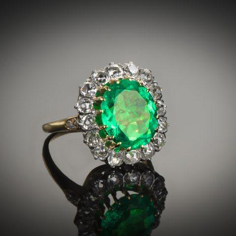 Bague fin XIXe siècle émeraude Colombie (certificat CGL) diamants