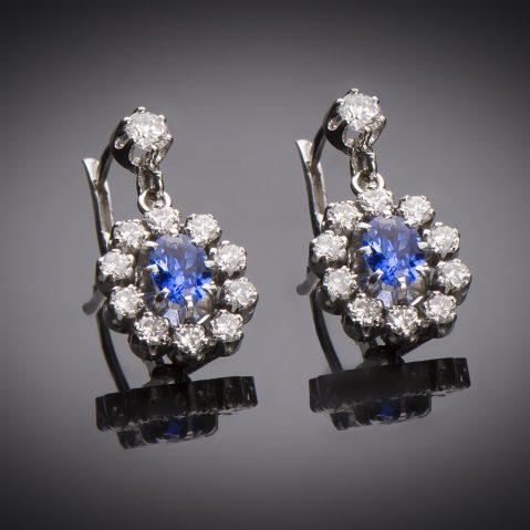 Boucles d'oreilles saphirs diamants vers 1950