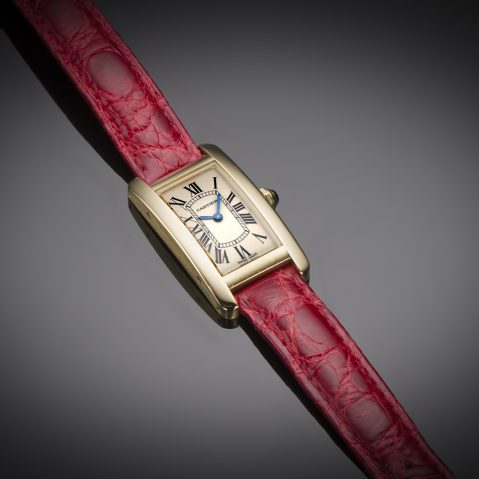 Montre Cartier Tank américaine or
