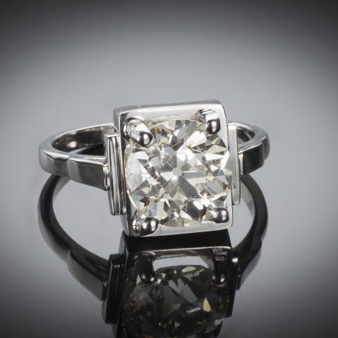 Bague solitaire Art Déco diamant (3 carats)