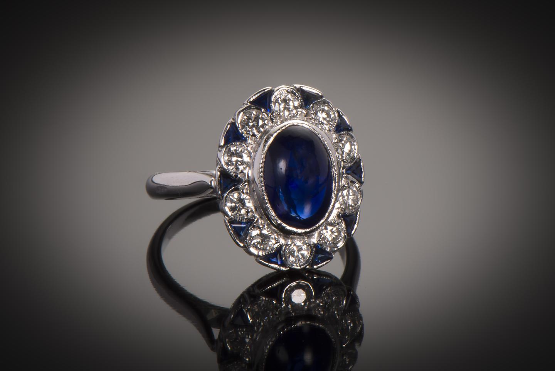 Bague saphir cabochon diamants Art Déco (vers 1930)-1