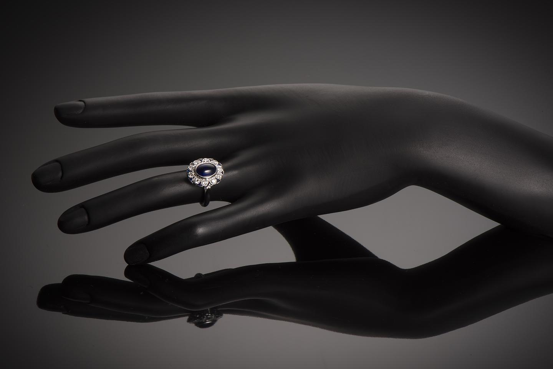 Bague saphir cabochon diamants Art Déco (vers 1930)-3