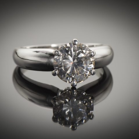 Bague solitaire diamant brillant 2,03 carats E VS (certificat LFG)