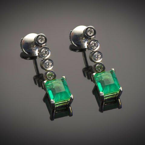 Boucles d'oreilles émeraudes (2 carats) diamants