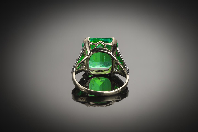 Bague Art Déco émeraude Colombie (7,12 carats certificat Gem Paris) diamants-2