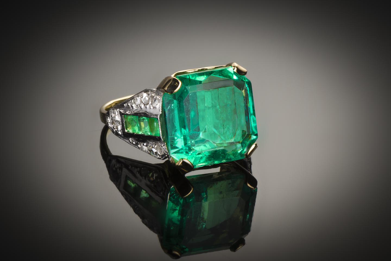 Bague Art Déco émeraude Colombie (7,12 carats certificat Gem Paris) diamants-1
