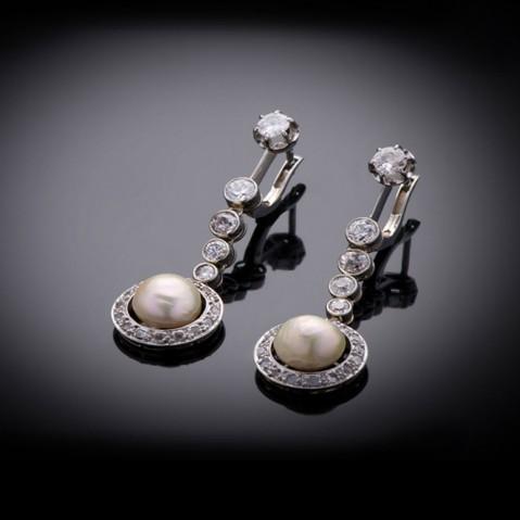 Natural pearls and diamonds earrings Art Deco (circa 1930)