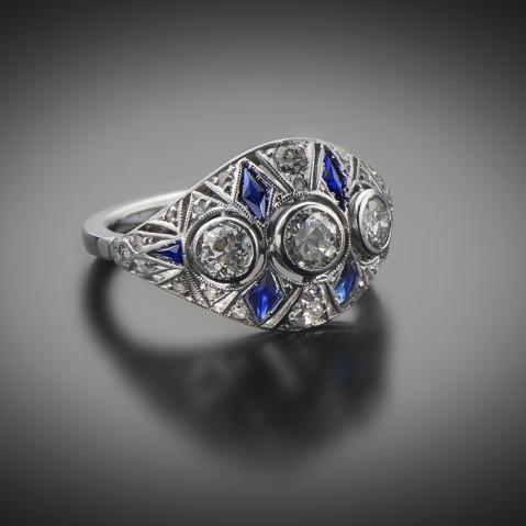 Diamond and sapphire Art Deco ring (circa 1930)