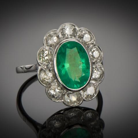 Art Deco emerald and diamond ring (2.70 carats – Certificate)