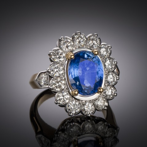 Sapphire ring (3.70 carats)