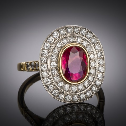 Ruby Wolfers ring (certificate)