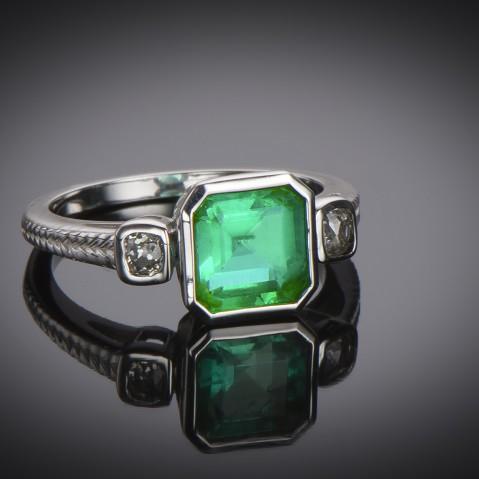 Emerald ring (certificate)