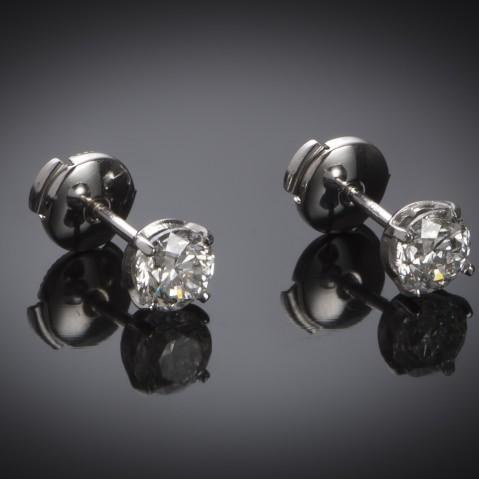 Diamond earrings (1.81 carat – IGI certificate)