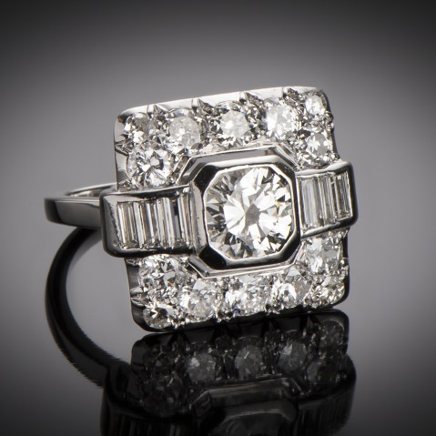 Art Deco diamond ring (2.20 carats)