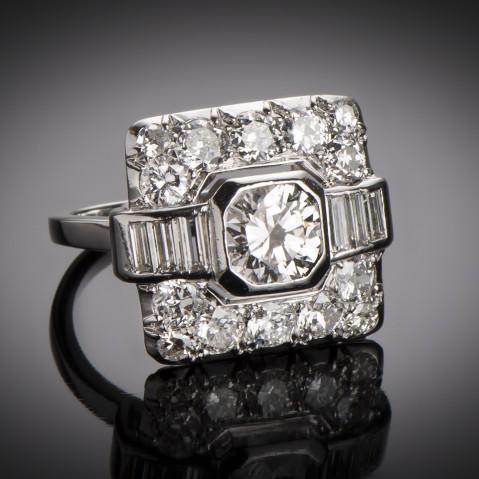 Art Deco diamond ring (2.20 carats)