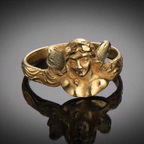 Art Nouveau ring (cira 1900)