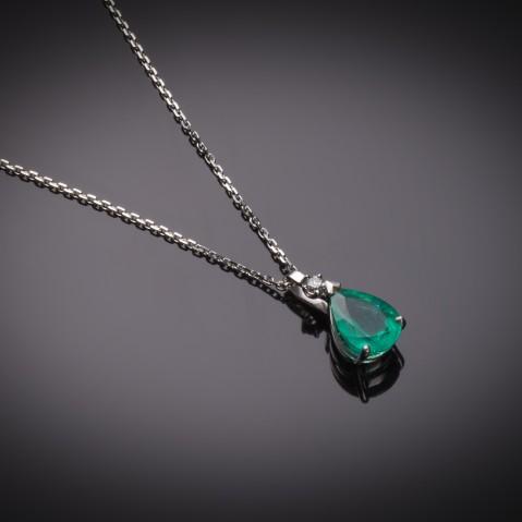 Emerald pendant (3.88 carats – CGL) diamond