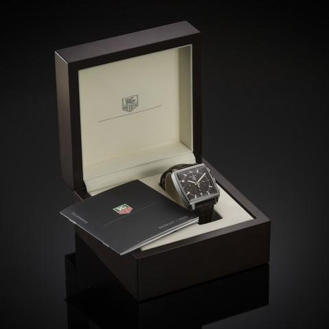 Tag Heuer Monaco watch (full set)