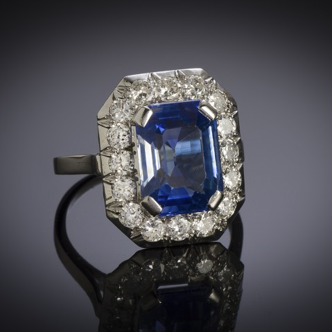 French Art Deco natural sapphire and diamond ring