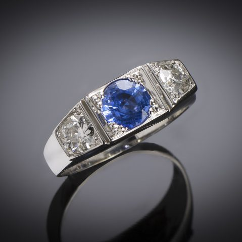 Art Deco sapphire diamond trilogy ring
