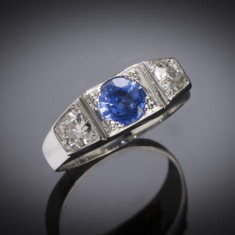 Art Deco sapphire diamond trilogy ring