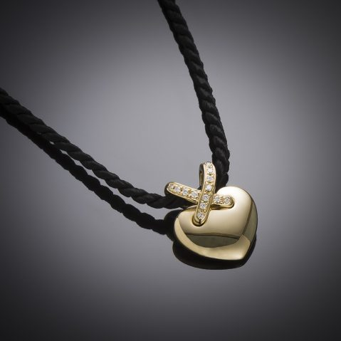 Chaumet diamond pendant