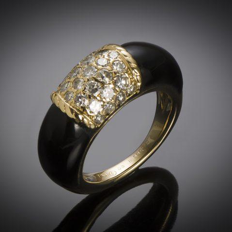 "Van Cleef & Arpels ""Philippine"" ring onyx diamond (T. 52) circa 1970"