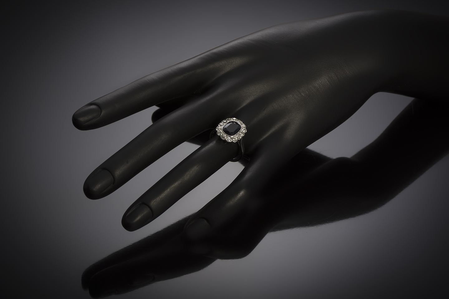 French Art Deco natural sapphire and diamond ring-3