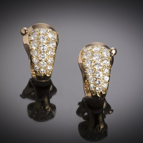 French Van Cleef & Arpels earrings (signed and numbered) diamonds (2 carats) circa 1960, hallmark: A. Vassort
