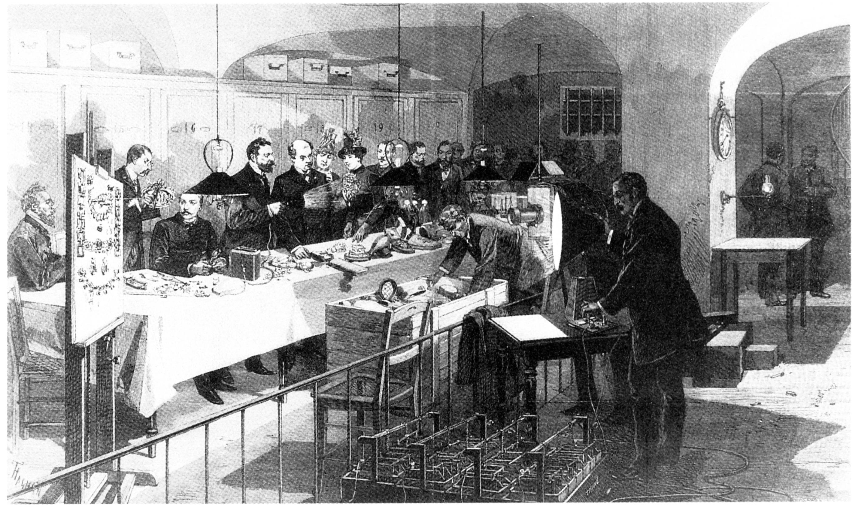 La vente des diamants, perles et pierreries provenant de la collection dite des joyaux de la Couronne de France en mai 1887