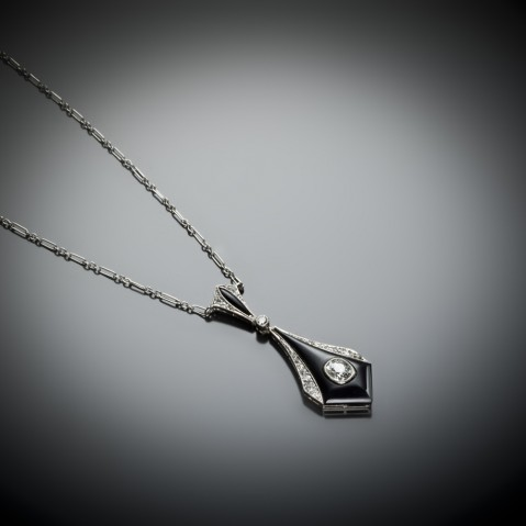 Pendentif diamants onyx Art Déco (vers 1930)