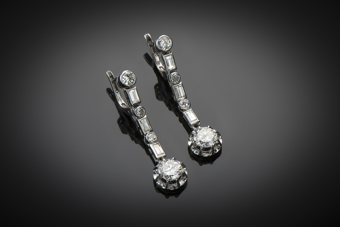 Pendants d'oreilles diamants (3,20 carats) vers 1935-1
