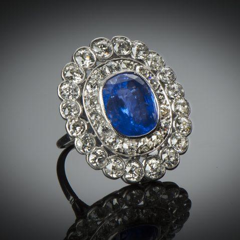 Bague Art Déco saphir 8,21 carats (certificat CGL) diamants