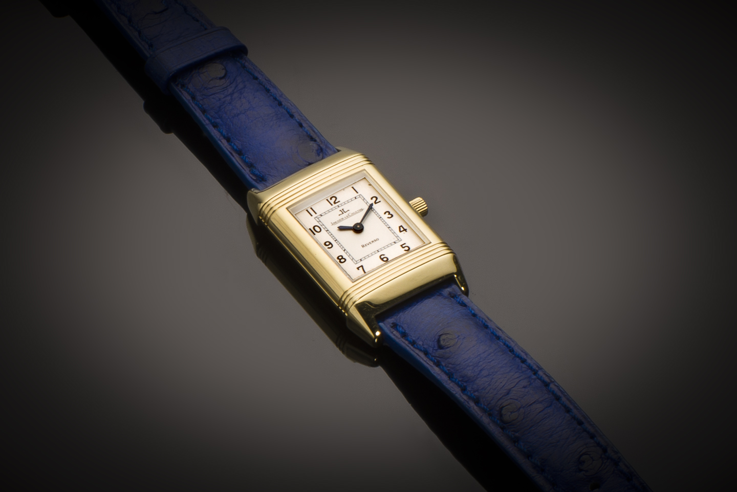 Montre Jaeger LeCoultre Reverso Lady or-1