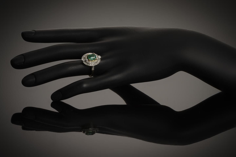 Bague Art Déco émeraude diamants-3