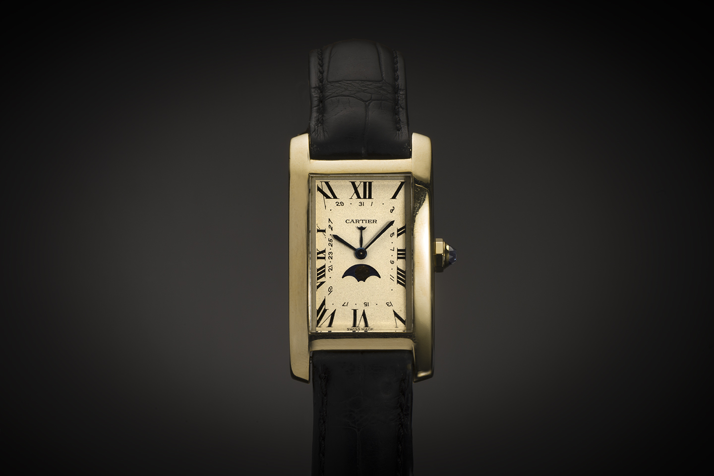Montre Cartier Tank Américaine à complications or-1