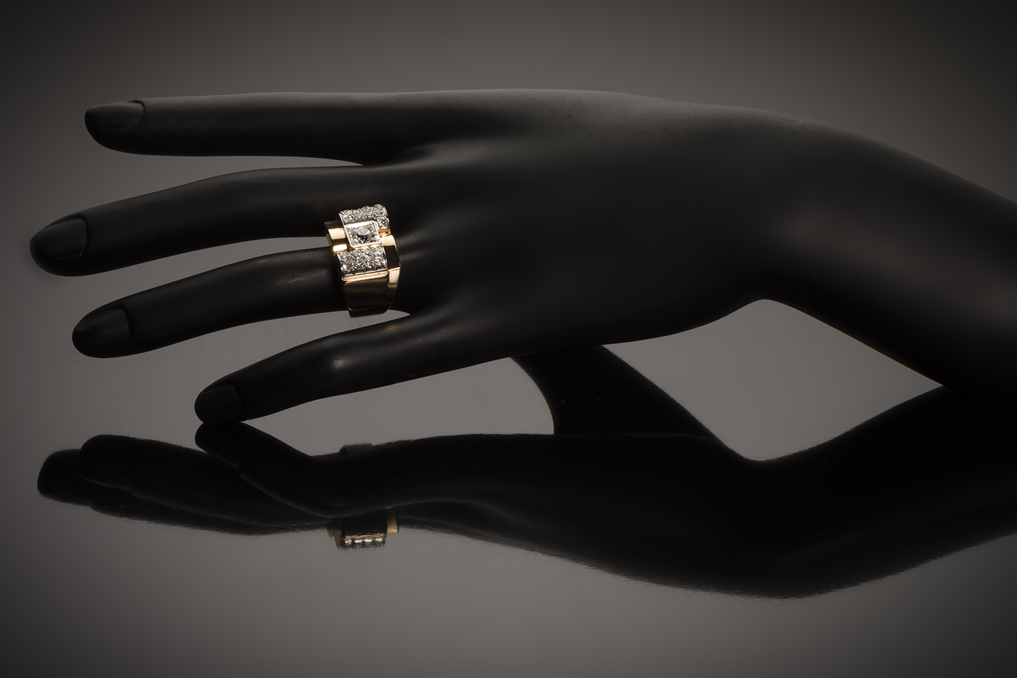 Bague Tank vers 1940 diamants (1,50 carat)-2