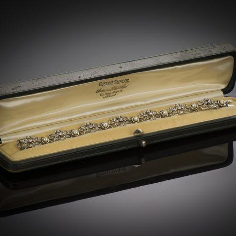Bracelet fin XIXe siècle diamants et perles