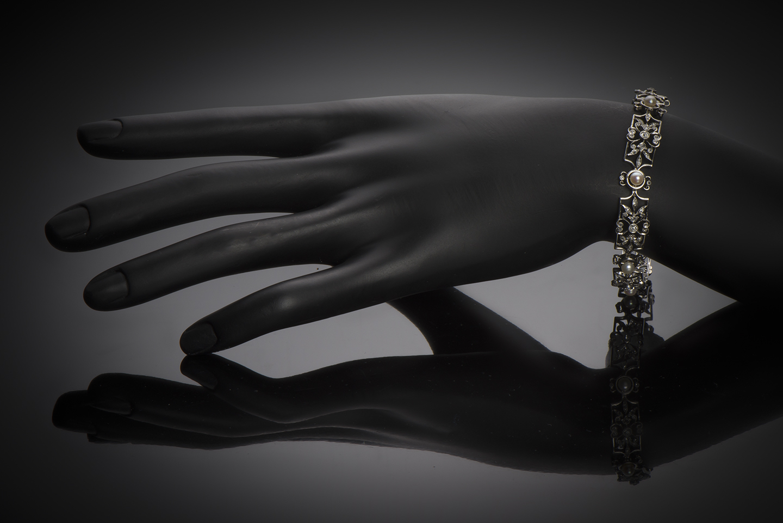 Bracelet fin XIXe siècle diamants et perles-2