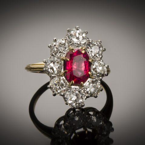 Bague rubis (rapport CGL) diamants début XXe siècle