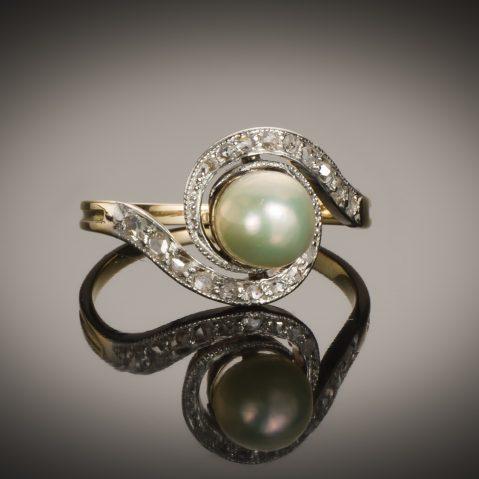 Bague « tourbillon » perle fine (certificat LFG) fin XIXe siècle diamants