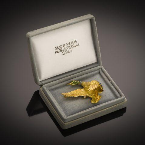 Broche Hermès vintage émeraudes saphirs diamants vers 1950 – 1960