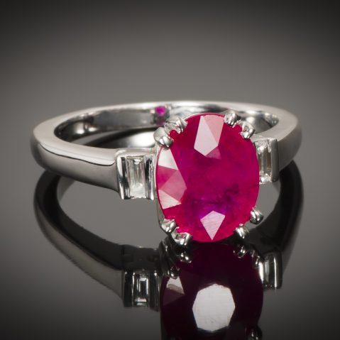 Bague rubis rouge intense (certificat CGL) diamants