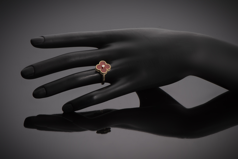 Bague Van Cleef & Arpels vintage Alhambra diamant cornaline-2